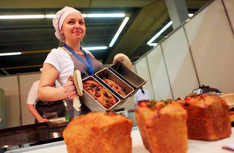 Работа в пекарне