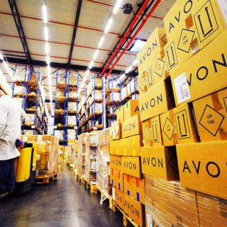 Вакансия в Польше для мужчин на производстве косметики Avon