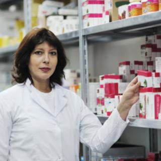 Работа в Польшу для женщины и мужчин нафармацевтическом складе