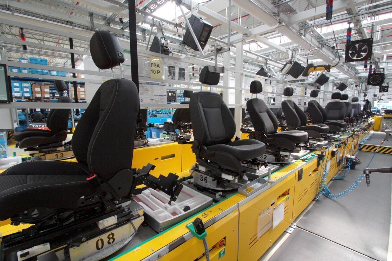 Работа в Польшена производстве кресел для авто