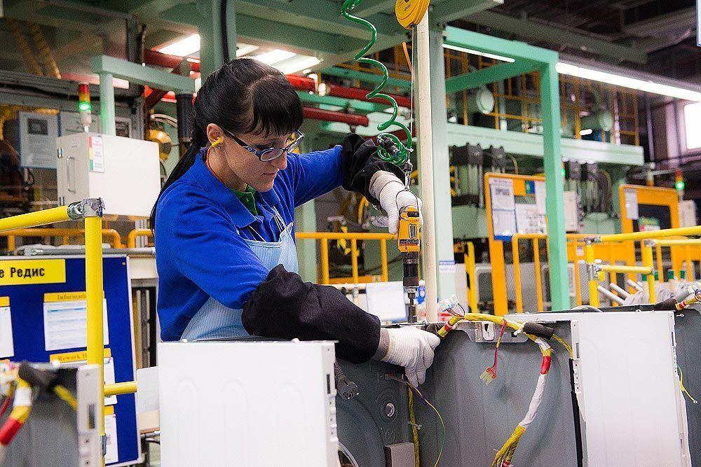 Работа в Польше на изготовление стендов