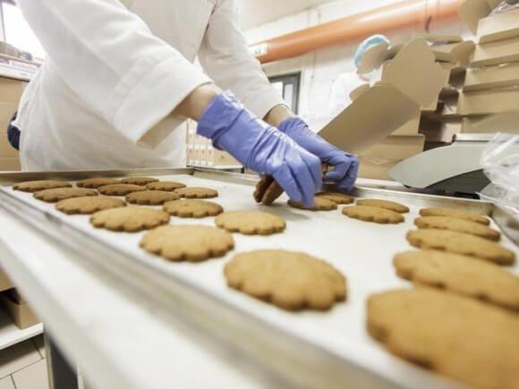Работа в Польше на упаковке печенья