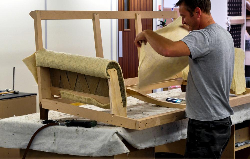 Работа в Польше обивщиком мебели